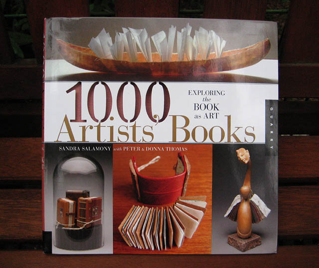 1000 Artists Books Cover
