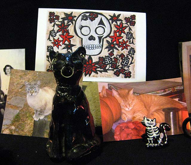 Muertos Altar Beloved Cats