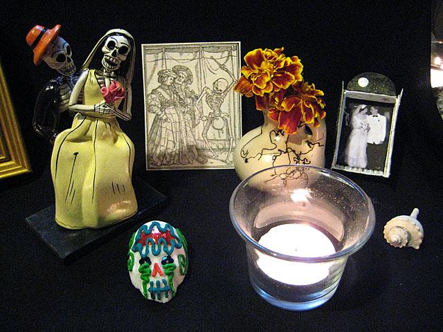 Muertos Altar Marriages