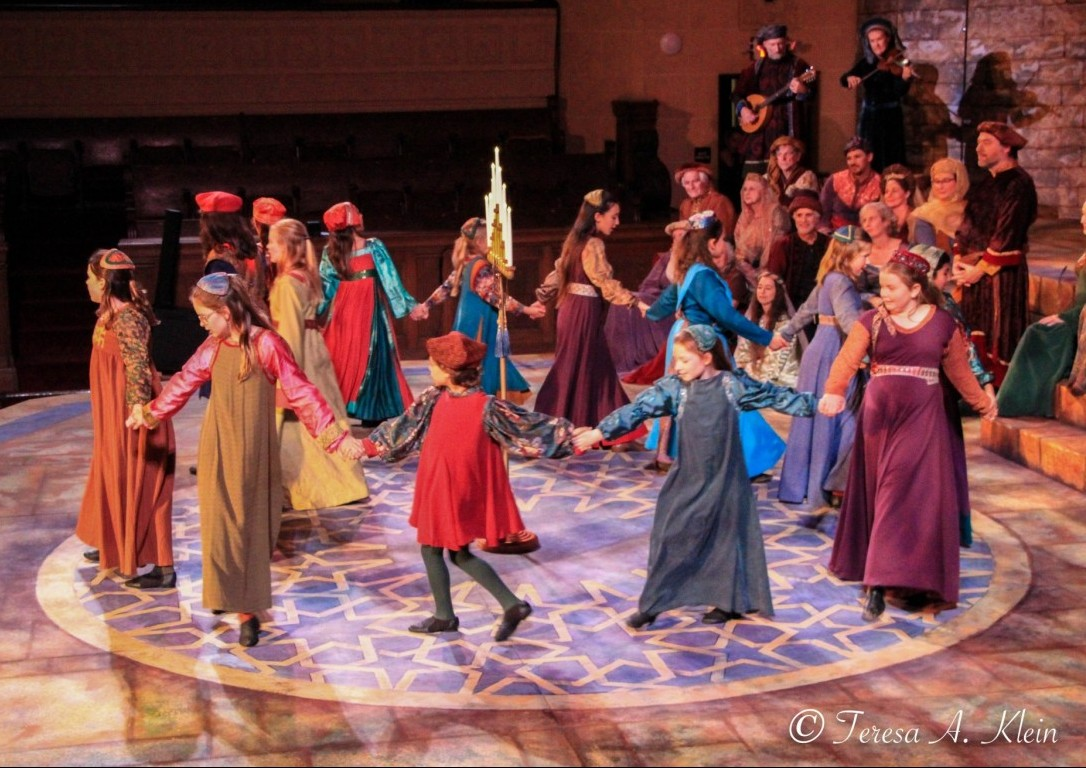 California Revels 2018 - Andalusian Children Circle Dance
